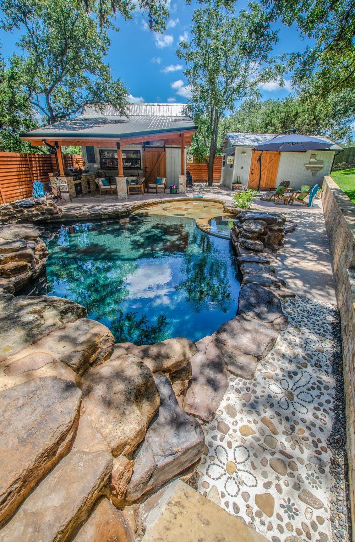 Poolside-16.jpg