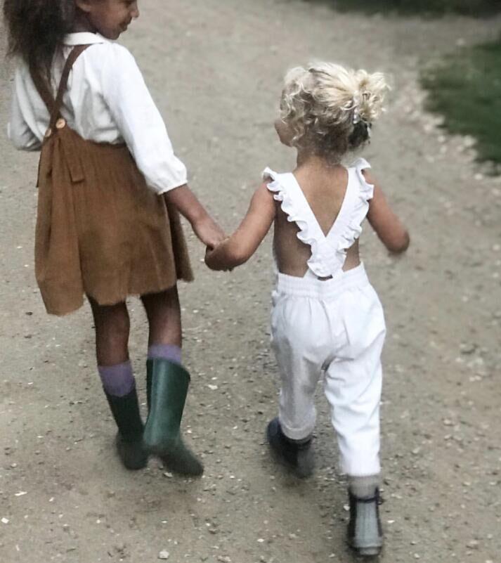 Wholesale-girls-cotton-lhinen-overalls-long-ruffle.jpg