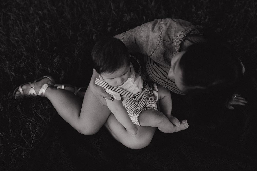 seattle-family-photographer-kerouac-4238-2.jpg