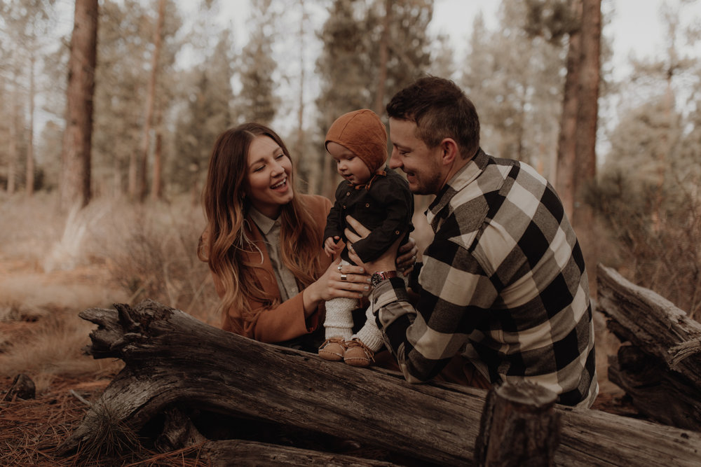 Seattle-Family-Photographer-Kerouac-0827.jpg