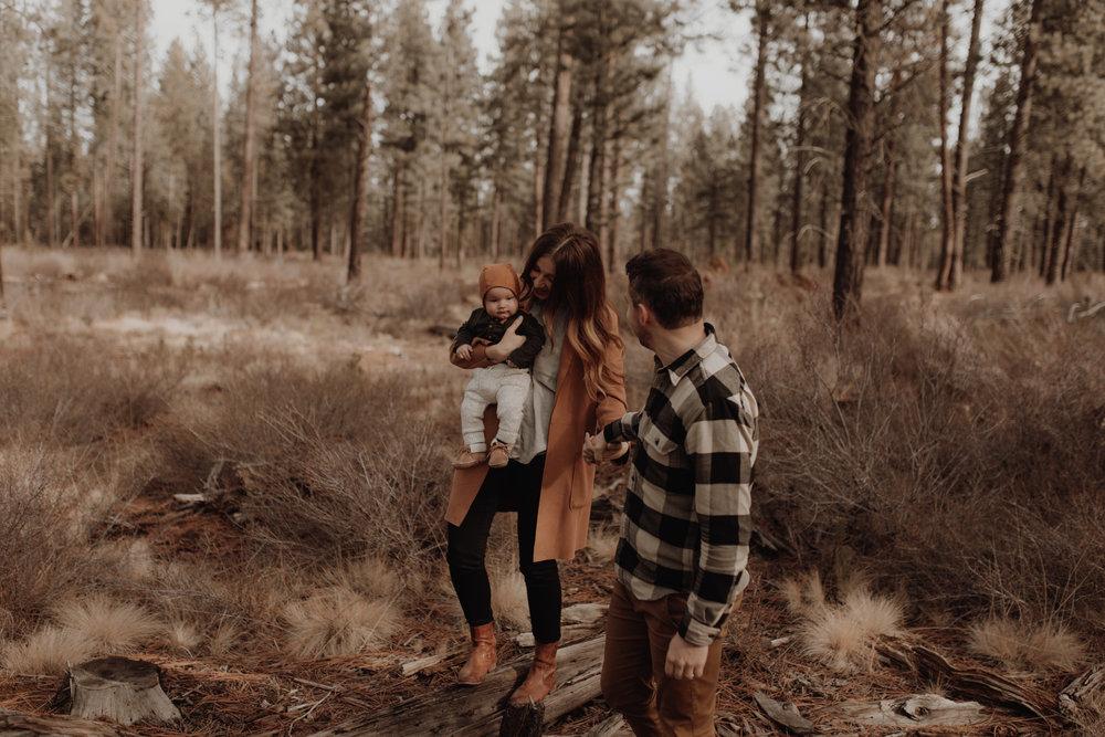 Seattle-Family-Photographer-Kerouac-0844.jpg