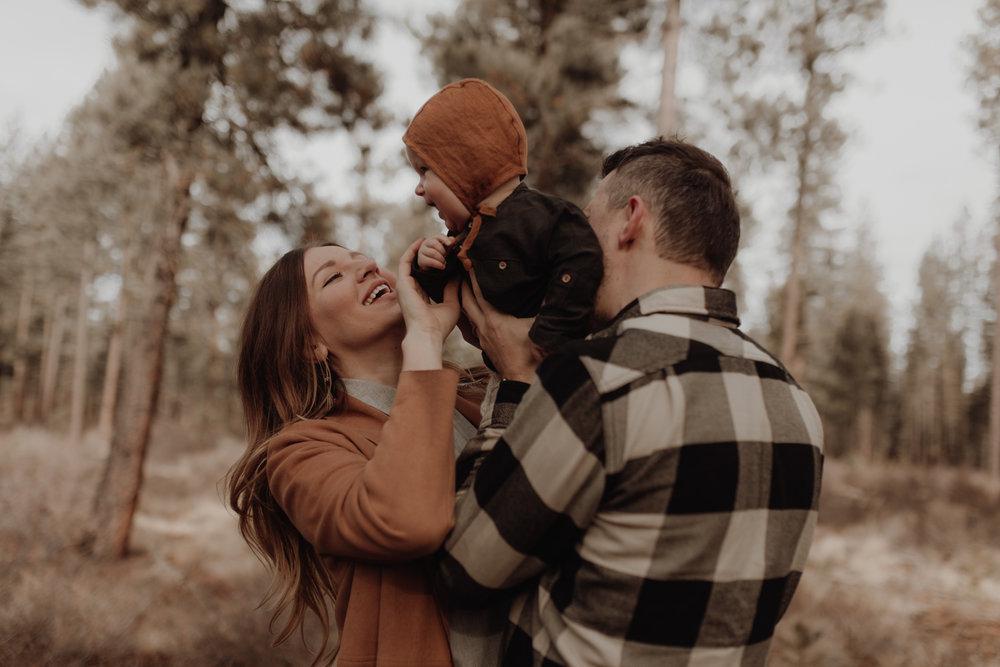 Seattle-Family-Photographer-Kerouac-0944.jpg