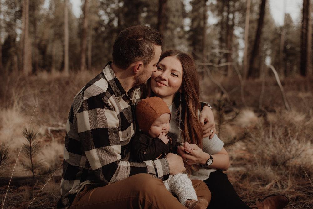 Seattle-Family-Photographer-Kerouac-1110.jpg