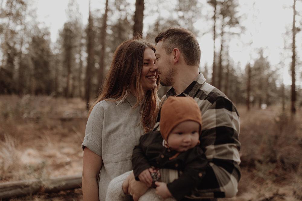 Seattle-Family-Photographer-Kerouac-1196.jpg
