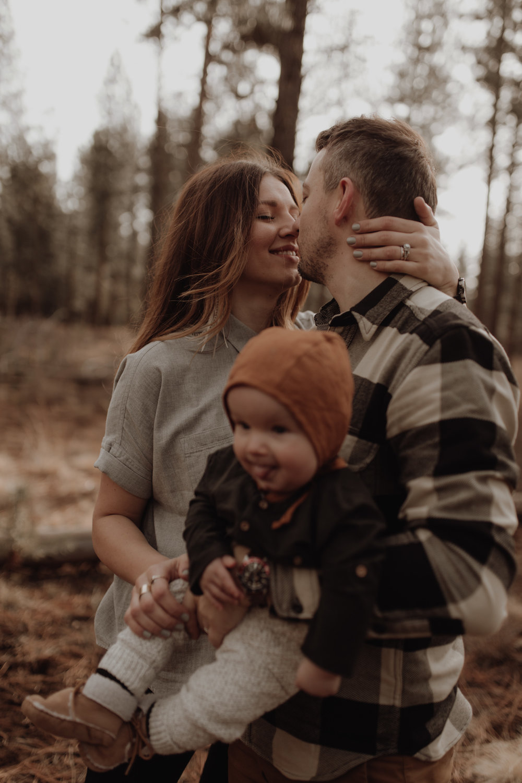 Seattle-Family-Photographer-Kerouac-1200.jpg