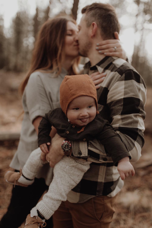 Seattle-Family-Photographer-Kerouac-1202.jpg
