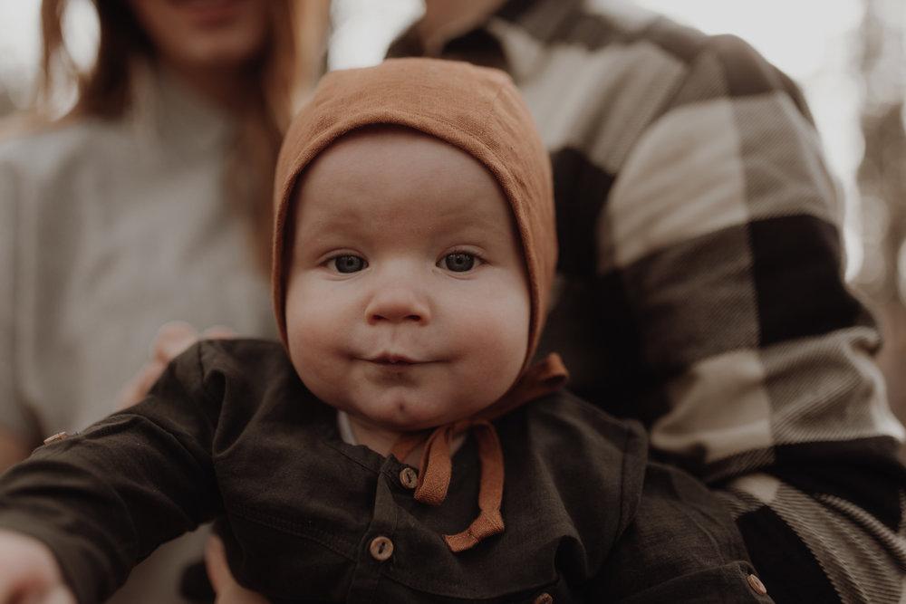 Seattle-Family-Photographer-Kerouac-1213.jpg