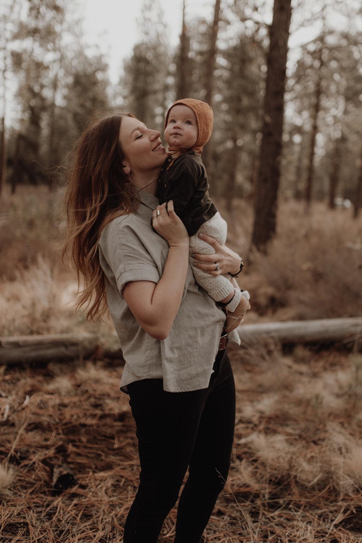 Seattle-Family-Photographer-Kerouac-1311.jpg