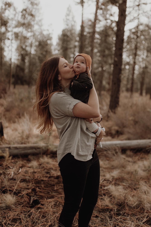 Seattle-Family-Photographer-Kerouac-1312.jpg