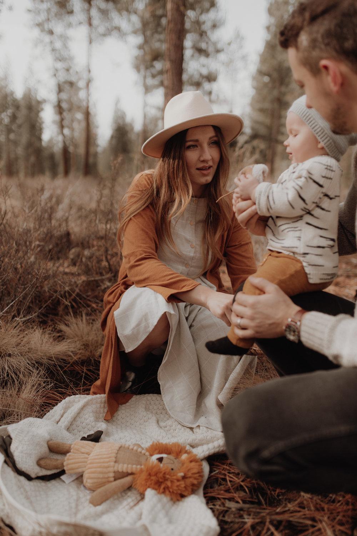 Seattle-Family-Photographer-Kerouac-1361.jpg