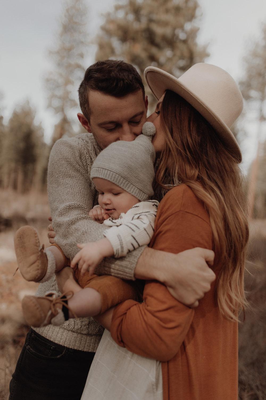 Seattle-Family-Photographer-Kerouac-1555.jpg