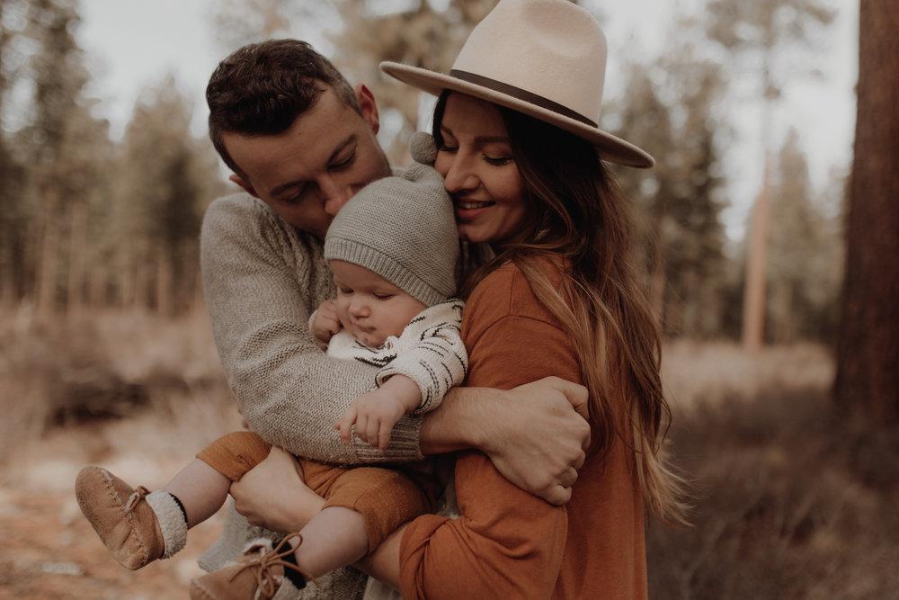 Seattle-Family-Photographer-Kerouac-1558.jpg