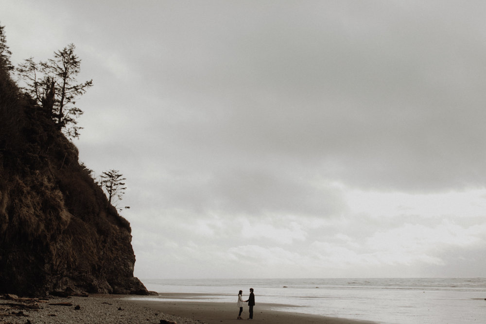 Ruby Beach Anniversary Session // Alice + Oliver -