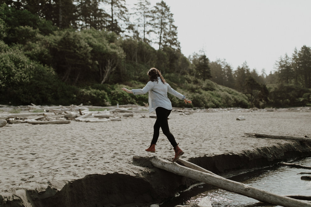 Ruby-Beach-Engagement-Session-2.jpg