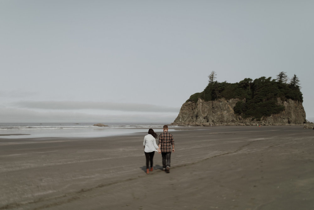 Ruby-Beach-Engagement-Session-4.jpg