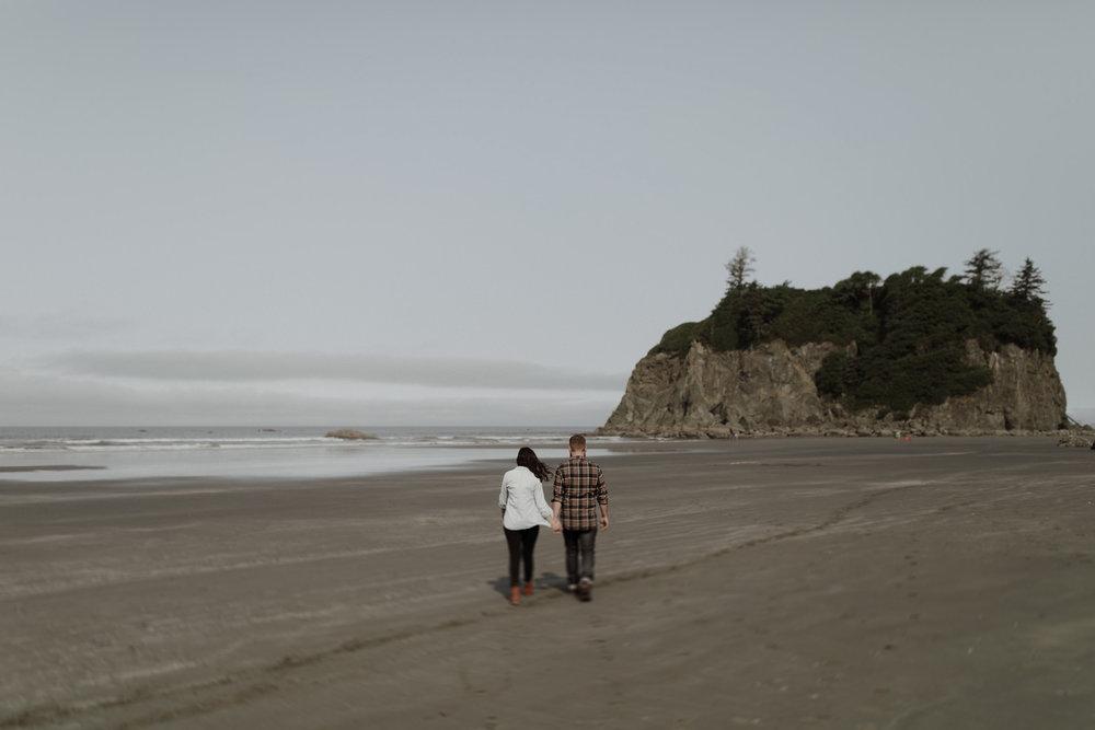 Ruby-Beach-Engagement-Session-4.jpg