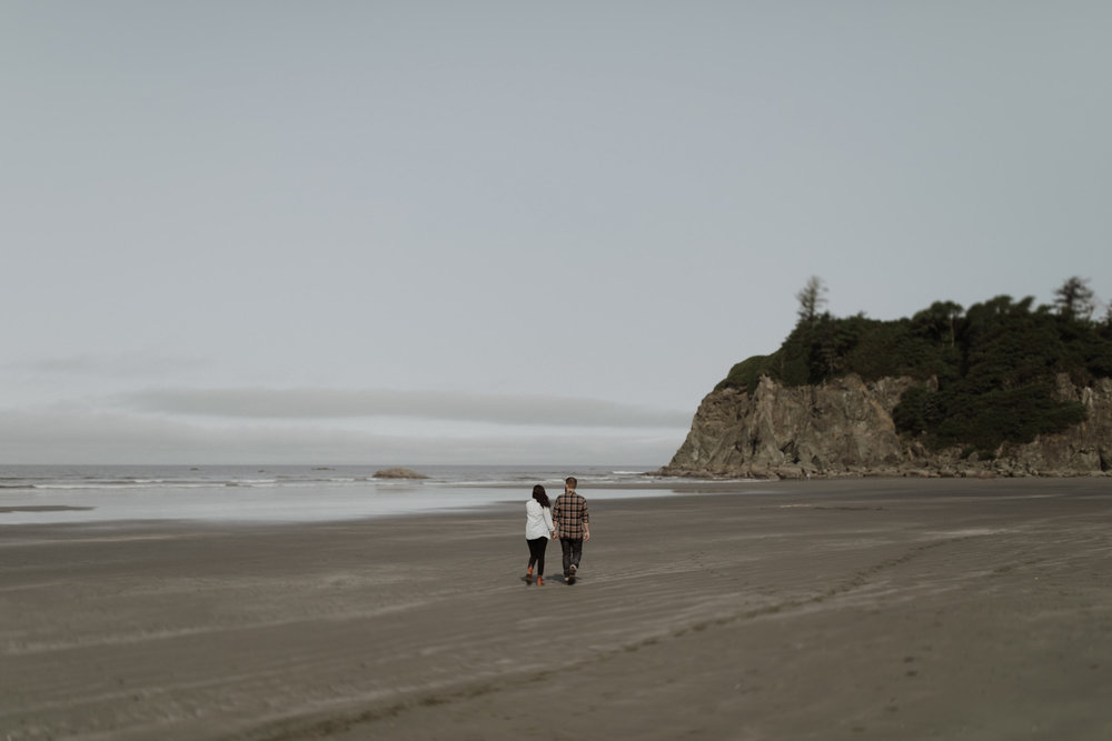 Ruby-Beach-Engagement-Session-5.jpg