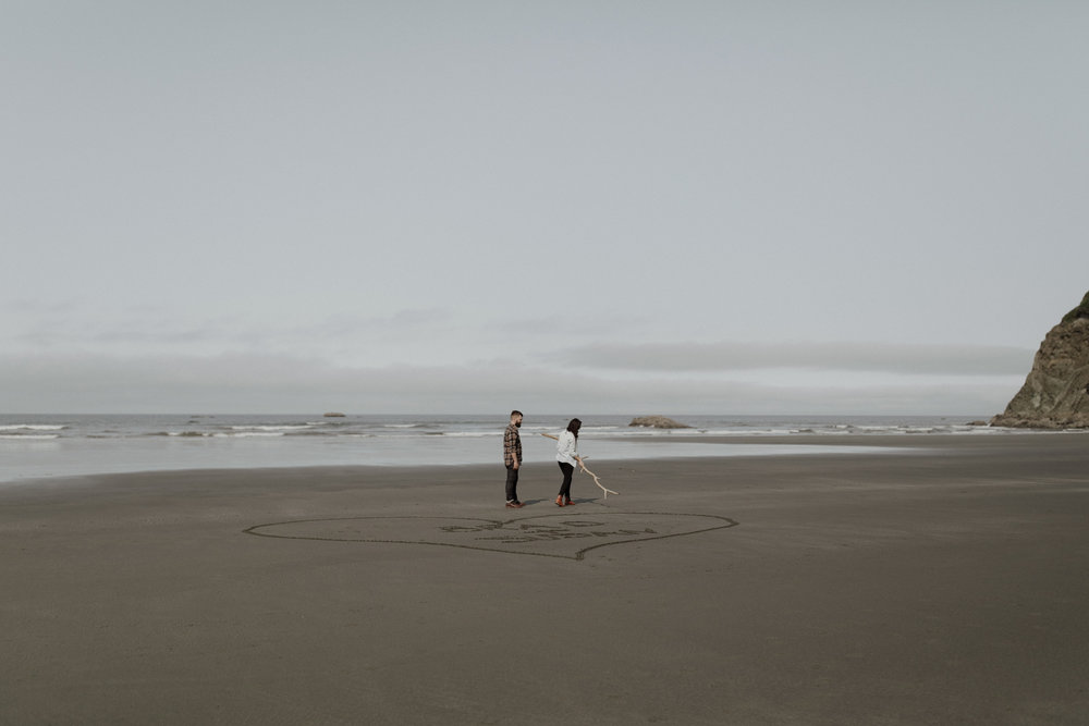Ruby-Beach-Engagement-Session-7.jpg