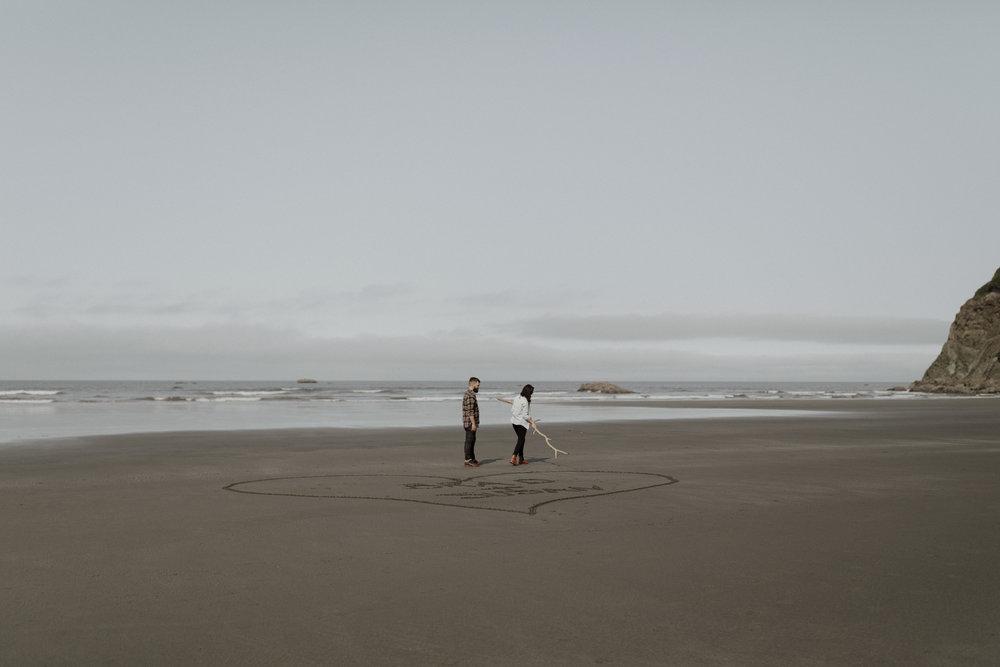 Ruby-Beach-Engagement-Session-7.jpg
