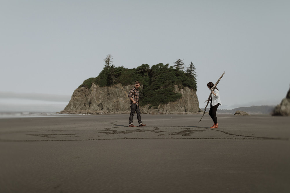 Ruby-Beach-Engagement-Session-15.jpg