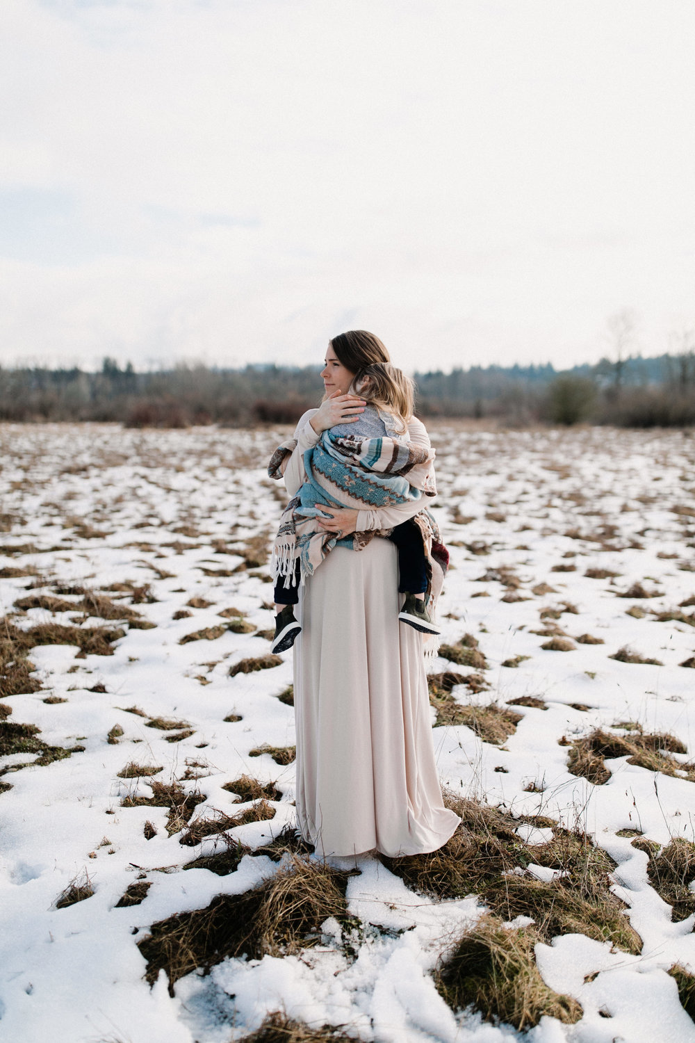 coming soon! snowy maternity session