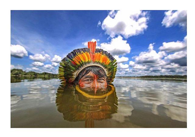 SOMOS TODOS INDÍGENAS! Texto de @fariasre no #blogpontog hoje. Foto @ricardostuckert . . . #blog #blogpontog #blogger #coluna #renatofarias #pontog #indio #indigenas #indiobrasileiro #brasil #tribo #ricardostuckert #gabyhaviaras