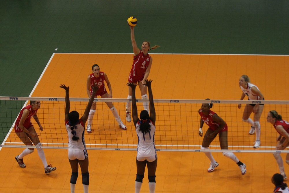 Sarah Pavan, Lauren O'Reilly, Tammy Mahon, Tasha Holness, Julie Young, and me. Canada vs. Cuba exhibition series 2010.