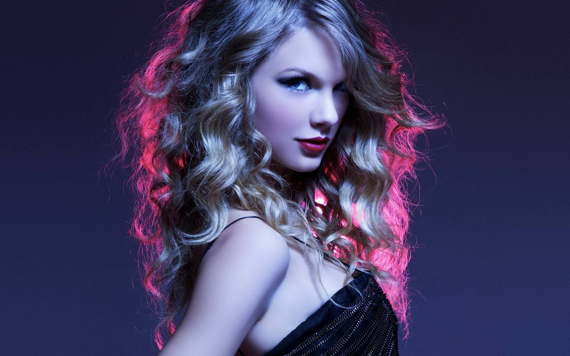 Taylor-Swift-Photoshoot