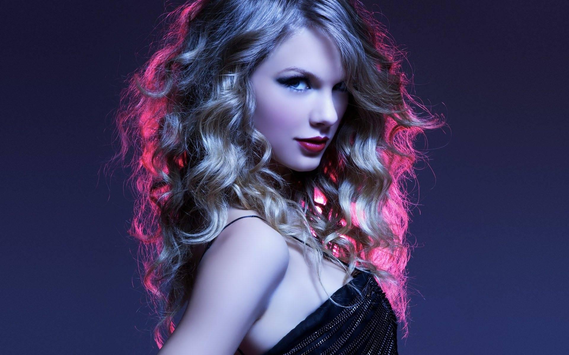 Taylor-Swift-Photoshoot