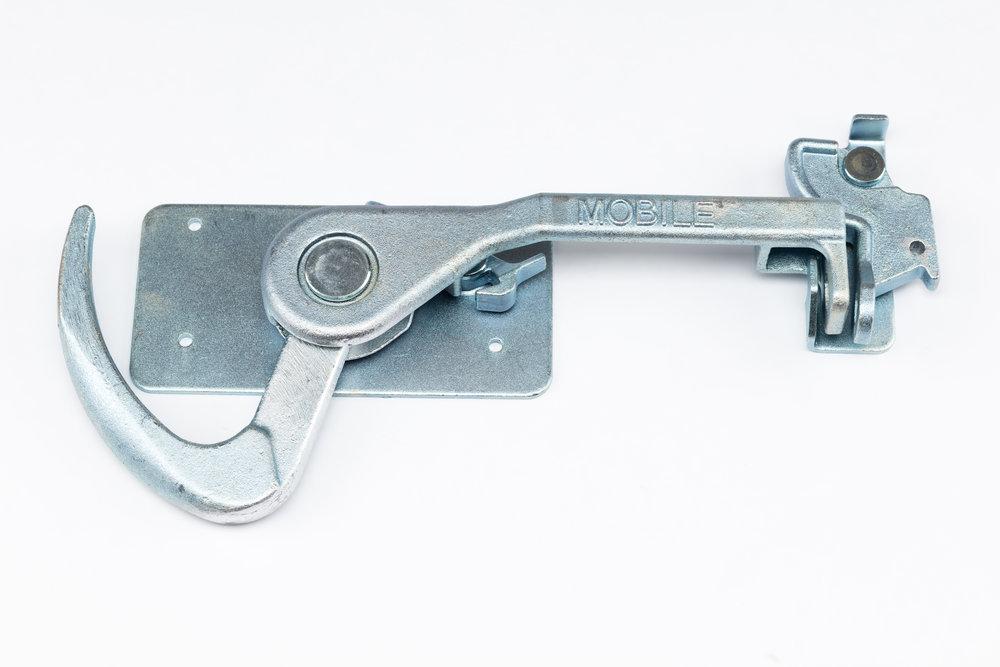 Maxi Lock.jpg