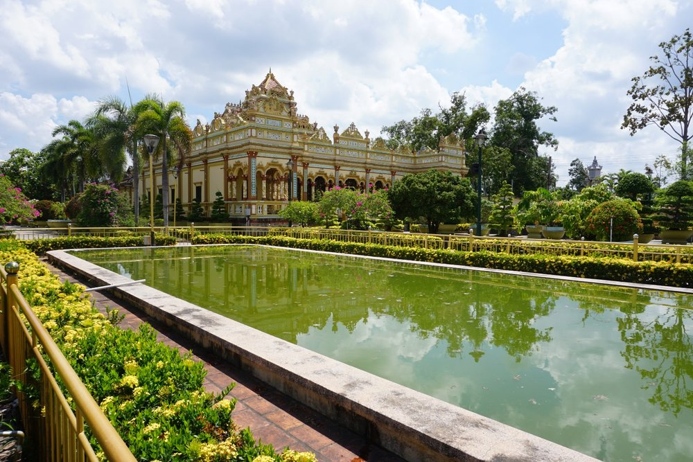temple w pond.jpg