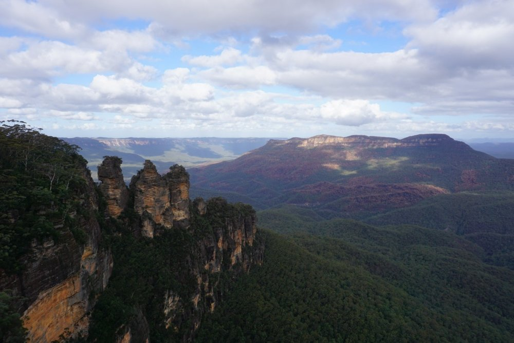 View of the Blue Mountains in Australia. Boldlygotravel.co
