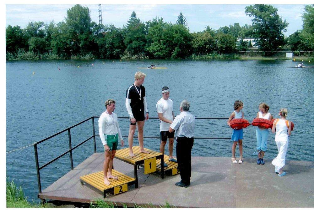 2004, junior OB, C-1 1000m: Ilyen befutó is volt;)