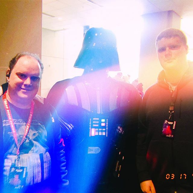 This is what happens when JJ Abrams takes your picture at comicon.