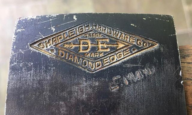 Diamond Edge is a quality pledge. #shapleigh #vintageadvertising #vintageletters #typehunter #typehunting #thetypehunterco
