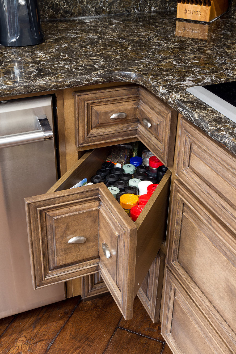Custom Space Maximizing Drawers