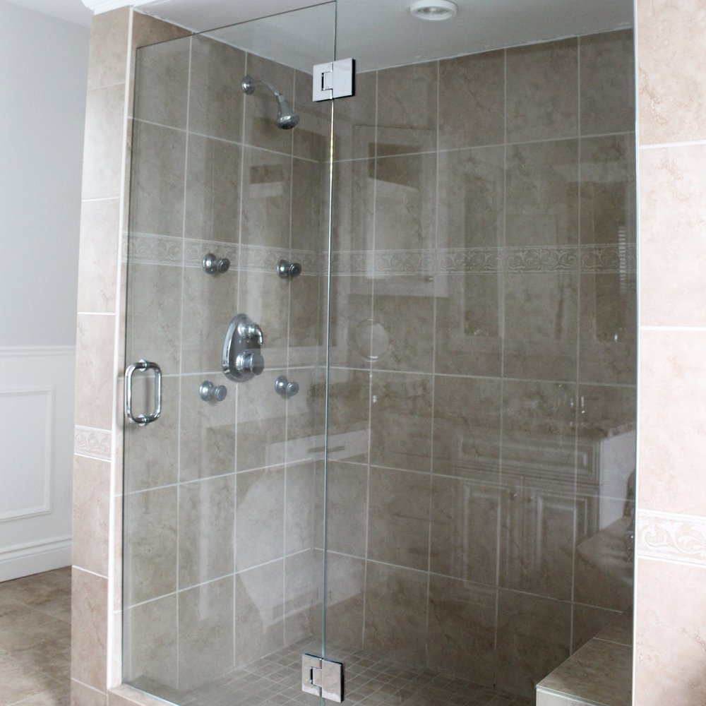 CUSTOM GLASS - We specialize in the supply and installation of Custom Glass Shower Enclosures.  When we can't find you a shower enclosure to fit your bathroom or you're simply looking for a special custom look, All-Star will help you bring your vision to reality.