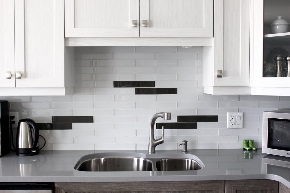 Backsplash tile details and under-mount sink