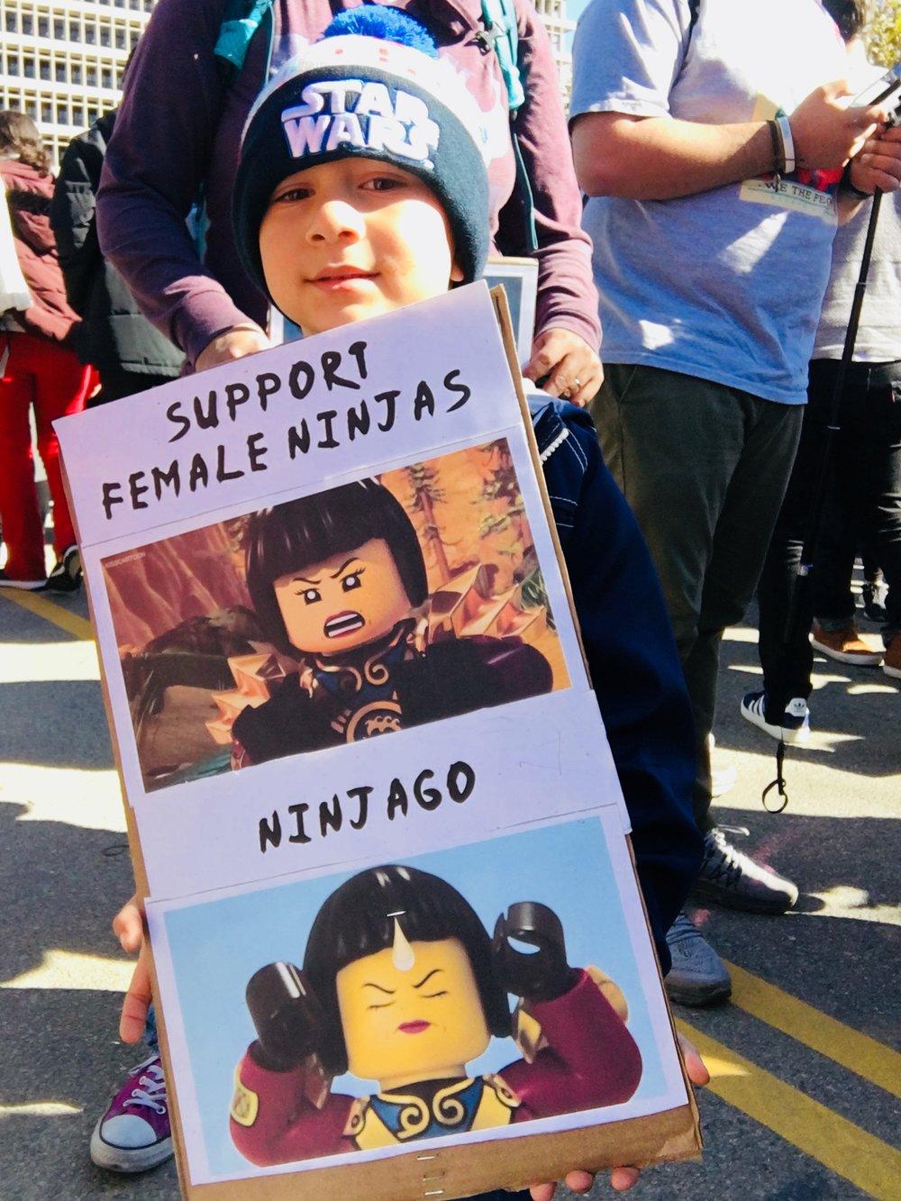 female-ninjas.jpg