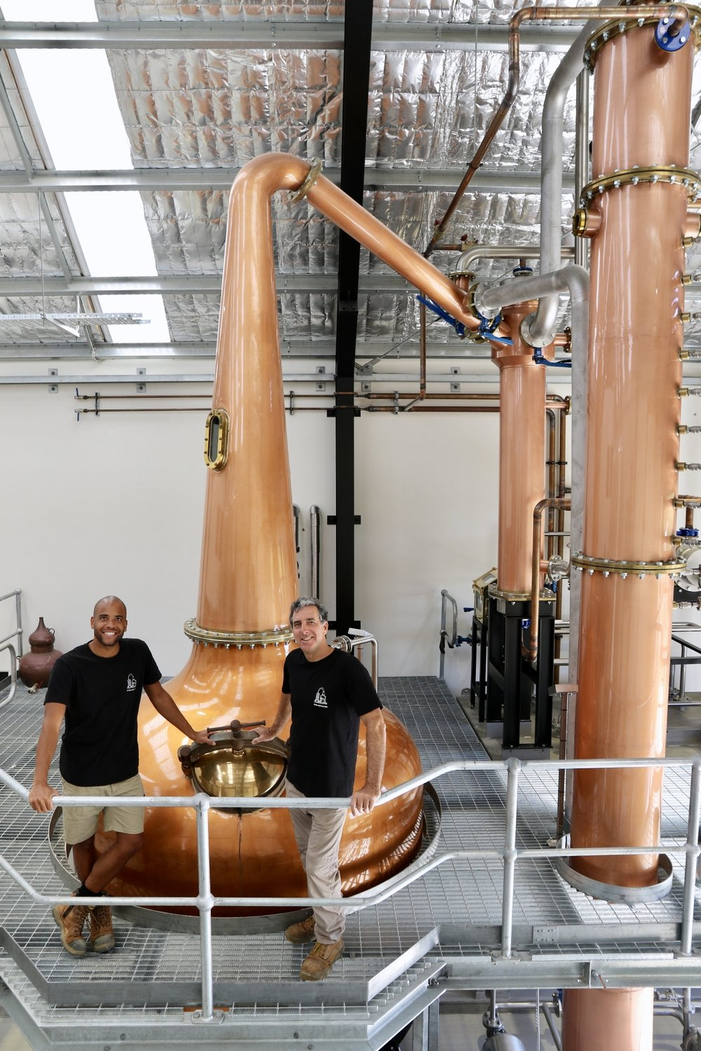 Quentin & Paul with our Forsyth Still. What a big fella! The still of course, not the distillers.