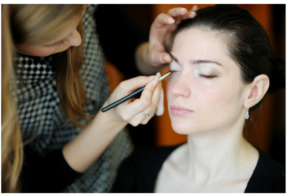 Steps to Becoming Makeup Artist