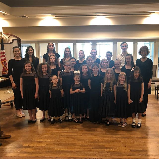 Thank you to Christwood Retirement Community for letting our choir entertain their residents on Sunday afternoon! Our choir did an outstanding job, and special thanks to our choir director, Mrs. Heather Putnam! Her talents and passion for music shine through each and every student! #northlakeacademyofmusic #music #musicschool #musiclessons #choir #childrenschoir #youthchoir #mandevillela #sttammany #covingtonla #kidsactivities #sing #singers #talent