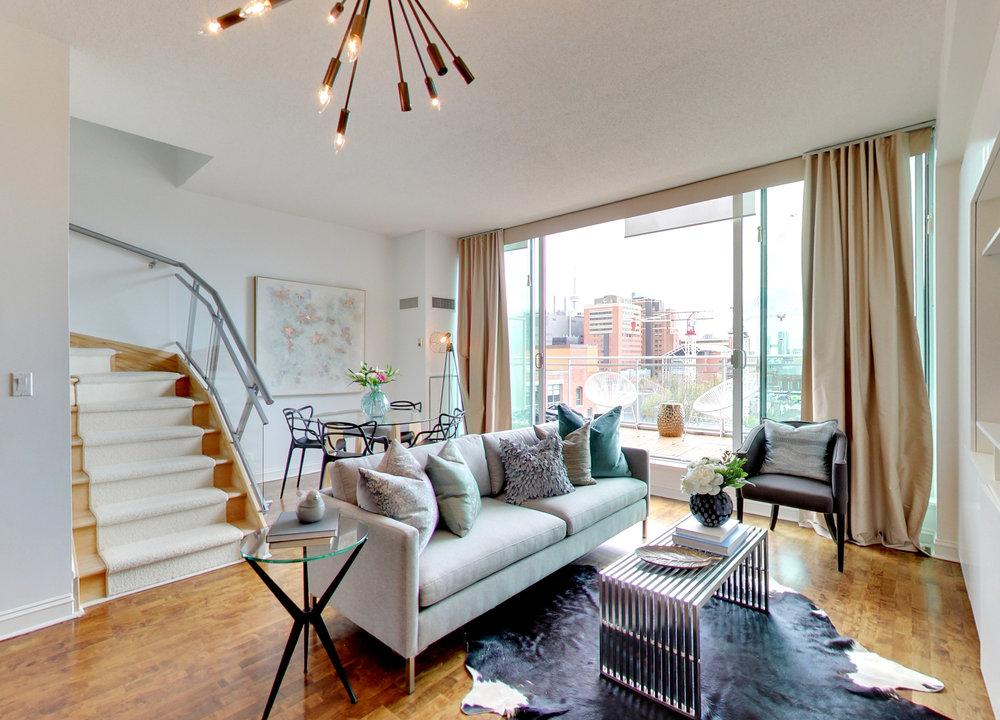 lisa-lonsdale-301-markham-toronto-condo-listing.jpg