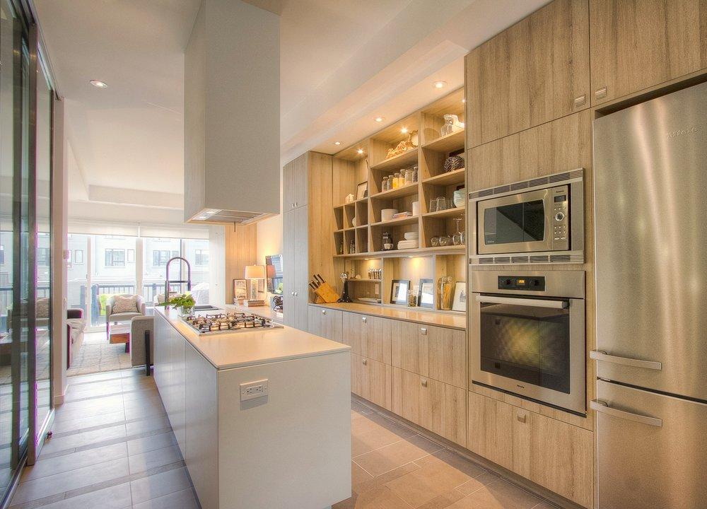 lisa-lonsdale-264-roxton-toronto-luxury-modern-townhouse-listing.jpg