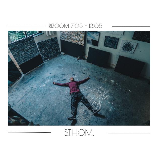 """Deze week neemt kunstenaar en schrijver """"STHOM."""" (Thom van der Gulik) de rizoom feed over! Thom raakt van de wereld om zich heen totaal overprikkeld. Van alle vervelende, pijnlijke, irritante, moeilijke en ronduit stomme prikkels maakt hij iets moois. Zo zet hij negativiteit om in positiviteit. Voor meer van Thom:  @buitengewoonsthom"""