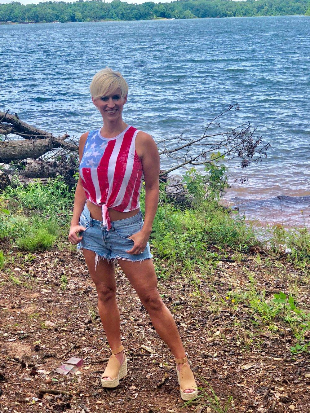 Lake Life. ALEXA ROBERTSON FITNESS.
