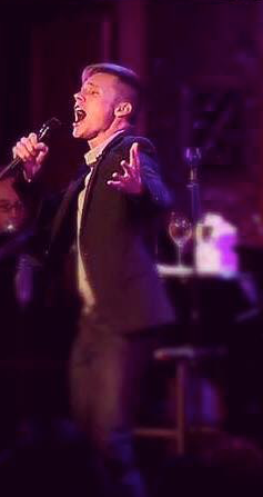 Seth Sikes singing at 54 Below