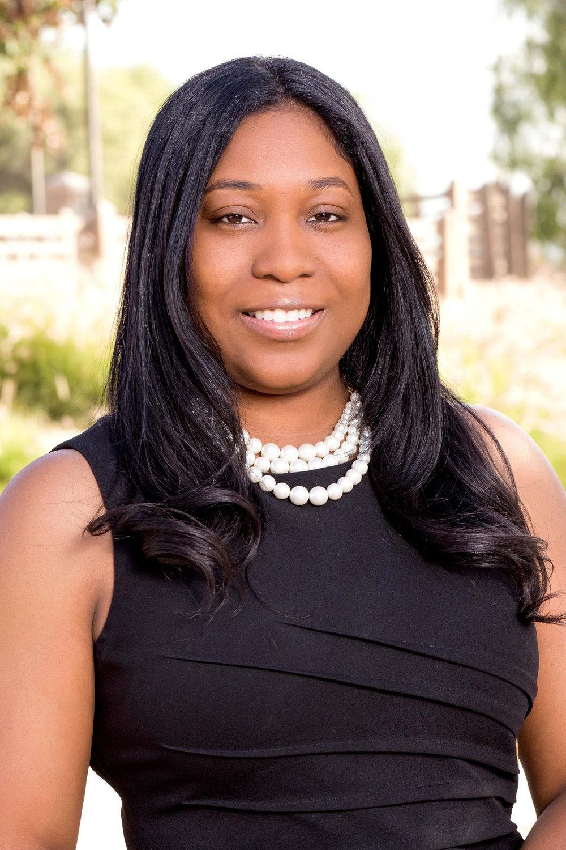 Dr. Kendra Flores-Carter