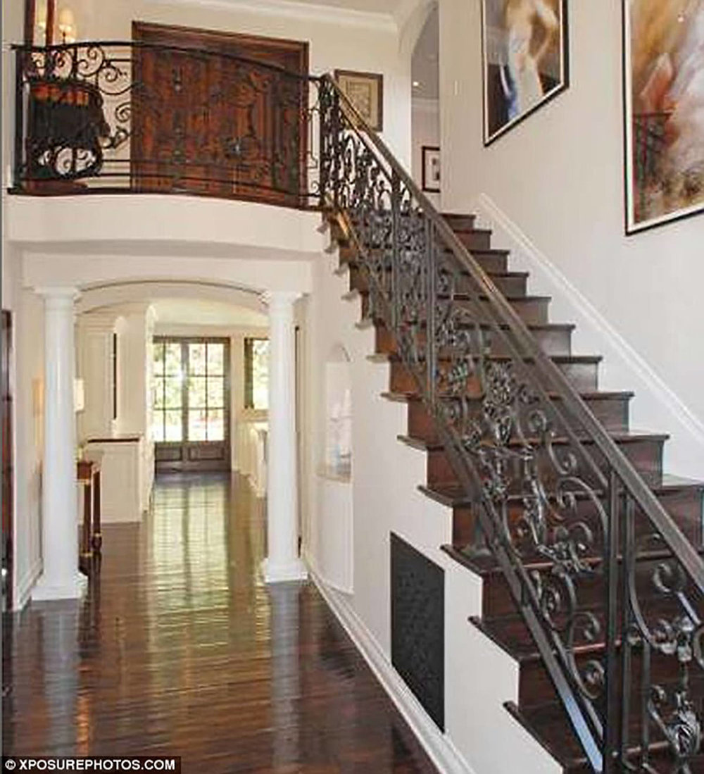 beverly-hills-california-remodel-staircase-interior-design-montgomery-home.jpg