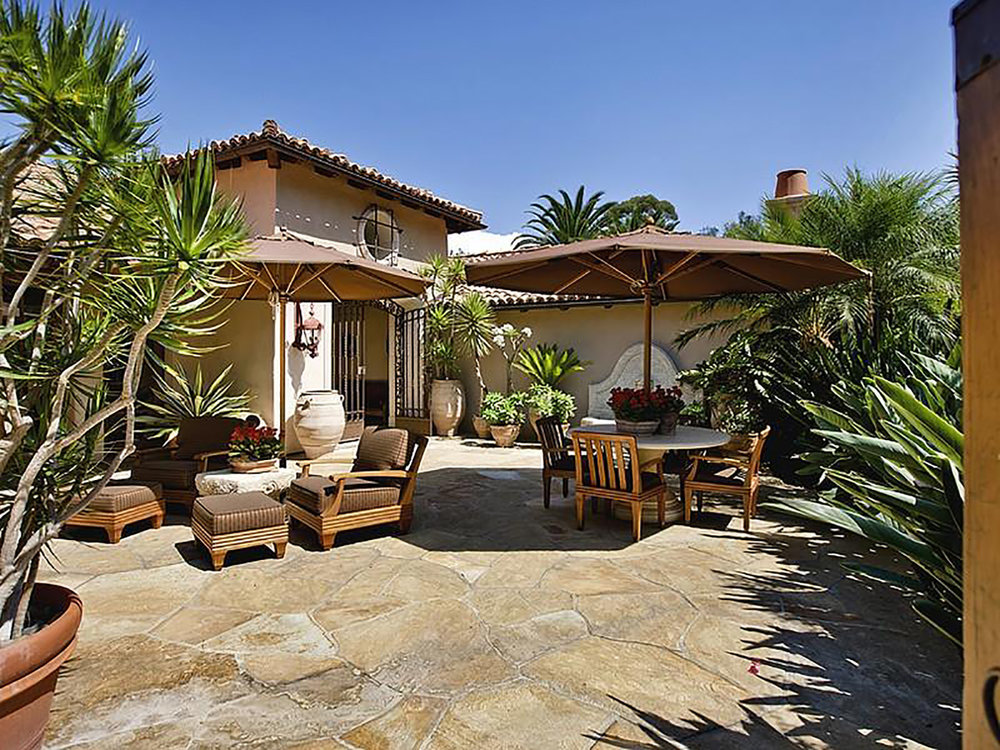 escondido-california-backyard-interior-design-montgomery-home.jpg